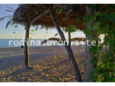 Отель «Родина»| Абхазия, Гудаутский район, Новый Афон |оборудованный пляж